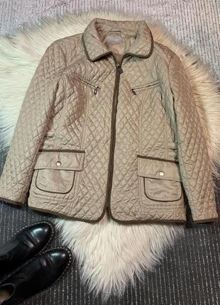 Стильная курточка размер 4xl