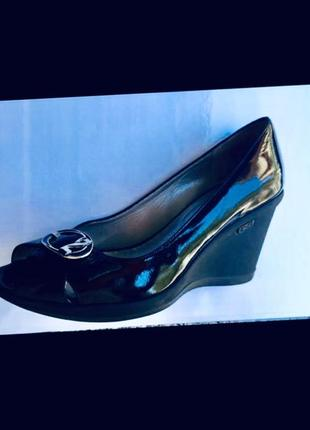Nero giardini италия лаковые кожаные туфли открытый нос