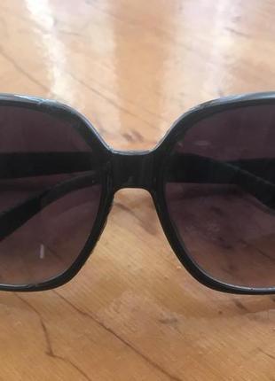 Солнцезащитные очки tommy hilfiger, оригинал