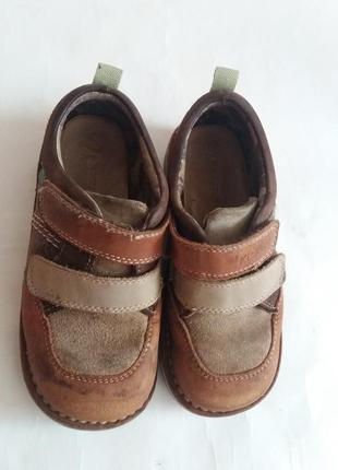 Туфли на мальчика kickers полностью кожа размер 29