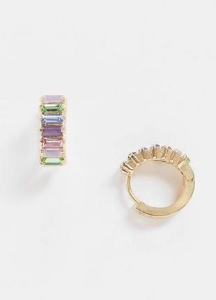 Серьги-кольца с разноцветными камнями