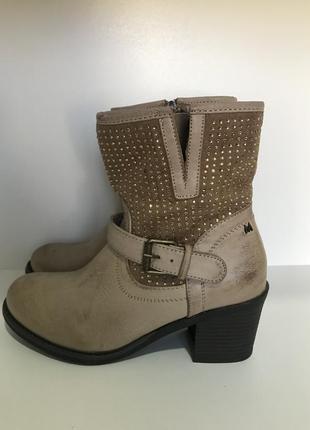 Ботинки 35 р. mustang