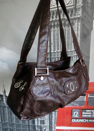 Шоколадна стильна, маленька, але супервмістка сумка!