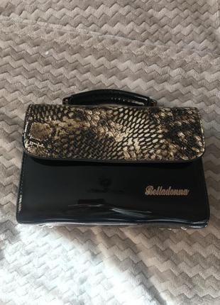 Лакова сумка зміїний принт