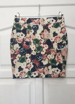 Симпатичная юбка в цветочек от vila.
