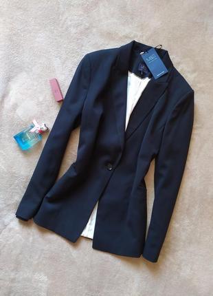 Шикарный качественный удлиненный приталенный пиджак блейзер