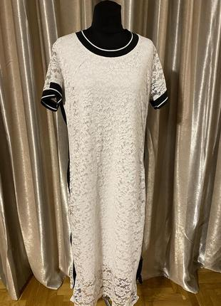 Нарядное праздничное кружевное платье батальный размер