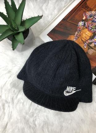 Шерстяная шапка с козырьком кепка nike 100% оригинал