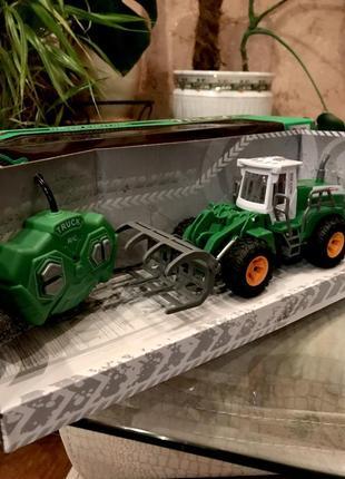 Трактор радиоуправляемый