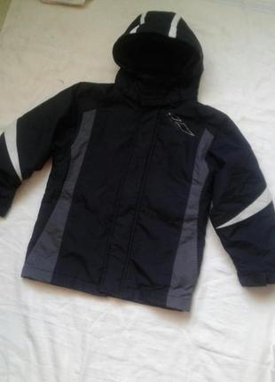 Куртка трансформер  на 7-8 лет