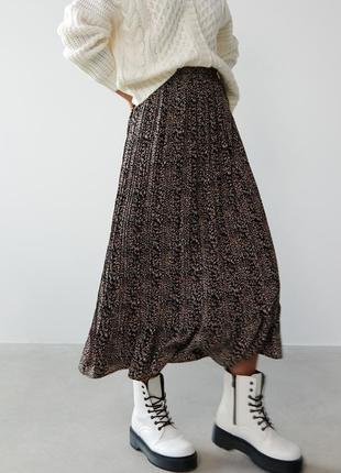 Актуальная плиссированная юбка, р.xs