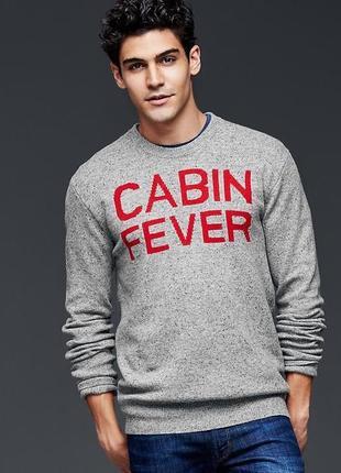 Серый шерстяной свитер с надписью от классного бренда