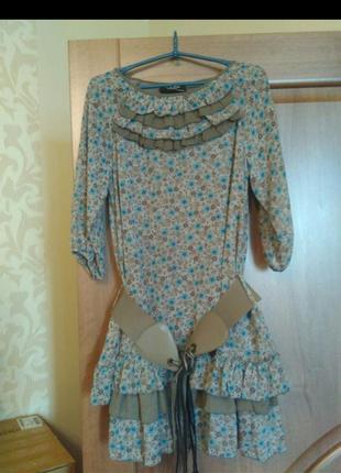 женские лакированные платья