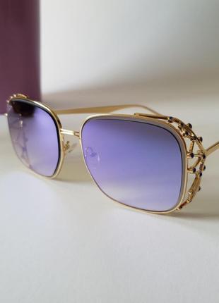 Зеркальные женские солнцезащитные очки