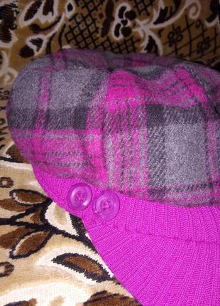 Крута і стильна, і тепла і яскрава кепка на флісі.стан нової!!!!
