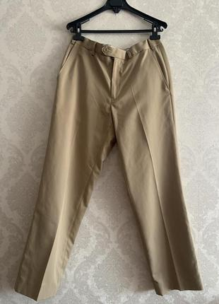 Классические женские бежевые брюки