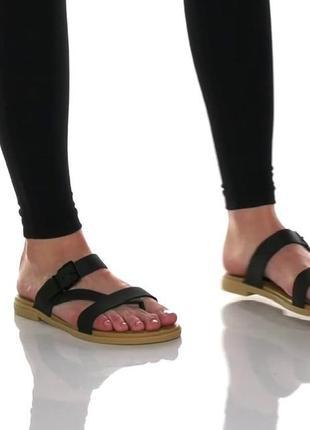 Сандали шлепки crocs tulum toe black/tan