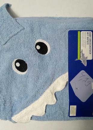 Детское махроаое банное полотенце с уголком lupilu 75×75 lupilu