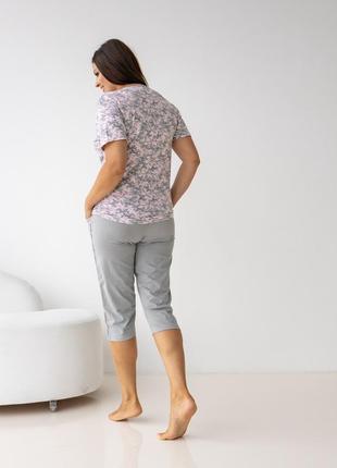 Хлопковый комплект для дома и сна пижама футболка и капри с цветами бриджи батал6 фото