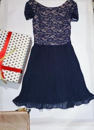 Новое нарядное,очень красивое платье 👗 кружево, плиссе.oasis*2.07