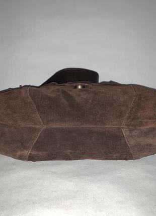 Кожаная фирменная сумочка на плечо kew.4 фото