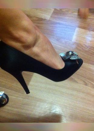 Стильні туфлі/ туфли/ лодочки