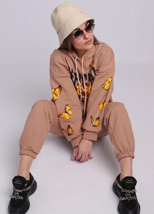 Женский стильный костюм с принтом