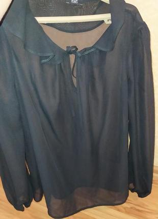 Красивая блуза, прозрачная.