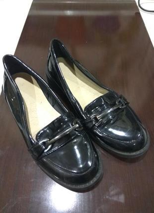 Лаковые туфельки primark