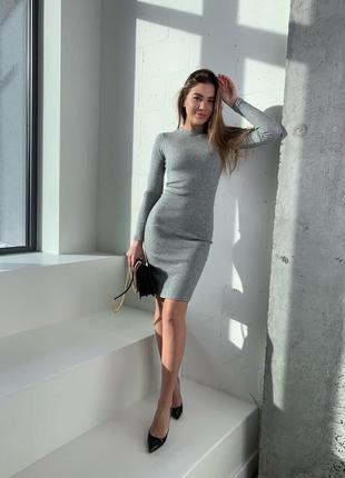 Жееское платье