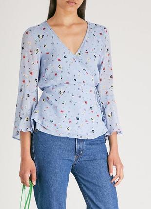 Красивая цветочная блуза на запах. цена на сайте 145$