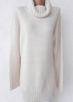 Удлиненный свитерок кремового цвета