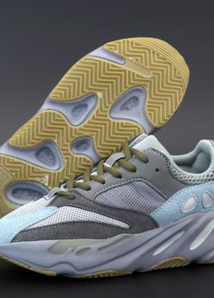 Женские кроссовки adidas yeezy boost 700 серые, замша, текстиль, подошва - пена