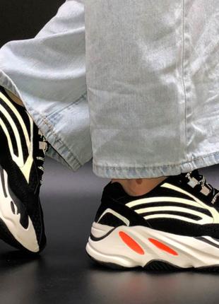 Женские кроссовки adidas yeezy boost 700 черные, замша, текстиль, подошва - пена