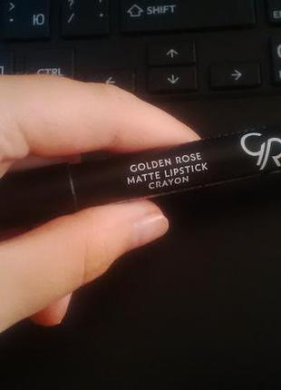 Golden rose crayon / 01 / коричневий / крайон олiвець / помада / матовая / матова