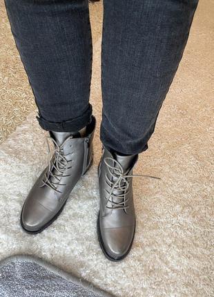 Зимние ботинки бронза акція *
