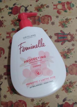 Защитный гель для интимной гигиены feminelle