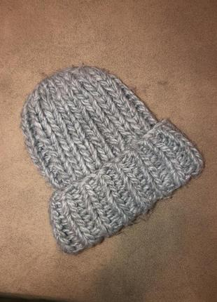 Дуже тепла шапка