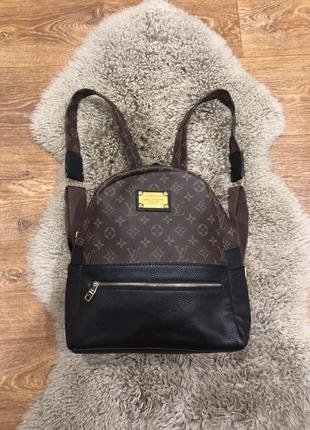 Шикарный рюкзак в стиле louis vuitton