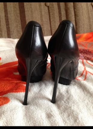 Туфли кожаные sasha fabiani 37 размер