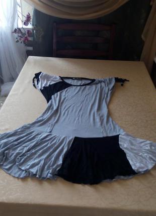 Коротенькое платье, юбка сонцеклеш,размер 42
