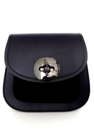 Стильна сумочка жіноча з натуральної шкіри італія. чорна оливкова