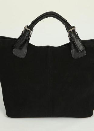 Замшевая женская сумка шоппер в форме трапеции с ремешком на плечо