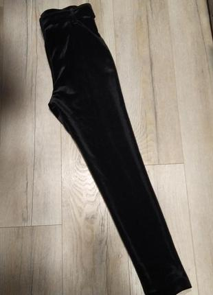Тренд: бархатні велюрові штани скіни з поясом4 фото