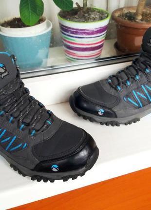 """Очень удобные,легкие ,непромокаемые ботиночки """"gelert """" 37 р!"""