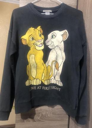 Свитшот пуловер король лев от stradivarius
