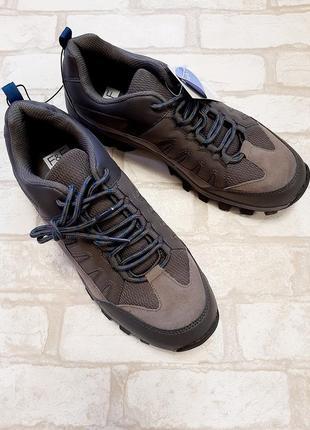 Ботинки мужские,кроссовки