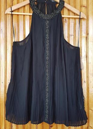 Плиссированная шифоновая блузка zara с бисером.