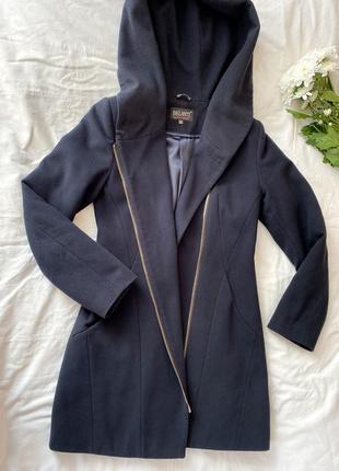 Пальто темно синє з підкладом розмір 42