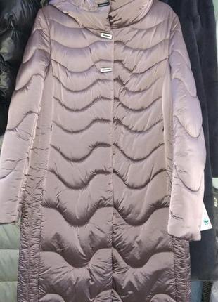 Шикарное пуховик пальто, люкс качество, размер 48.